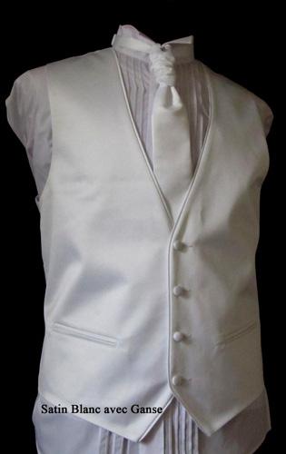 Ensemble gilet, cravalière et pochette blanc gansé