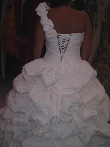 Dos de la robe de mariée Lustre