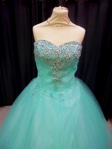 Robe 1162 turquoise buste