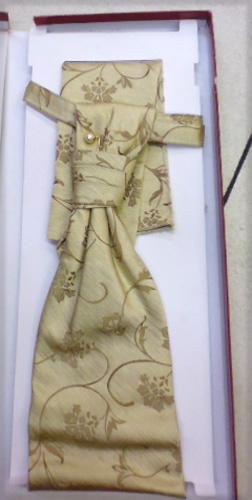 Cravaliere et pochette moiré