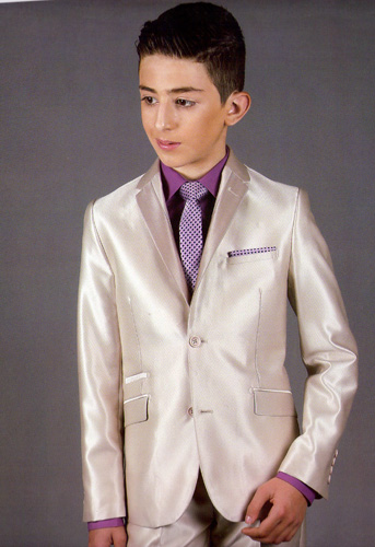 Costume Kevin beige