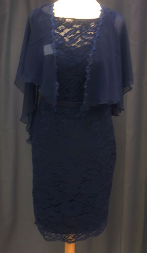 Robe et cape 8011 bleu-marine